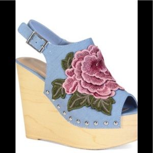 Bamboo Blue denim embroidered Wedges